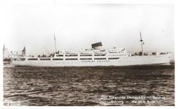 Det Forenede Dampskibs Selskab Esbjerg Harwich Rute (2 Scans) - Steamers