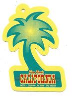 California Casino - Las Vegas, NV - Palm Tree Shaped Key Chain Dangle - Casinokarten