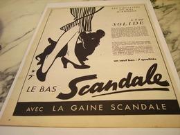 ANCIENNE  PUBLICITE IL EST SOLIDE GAINE SCANDALE  1952 - Habits & Linge D'époque