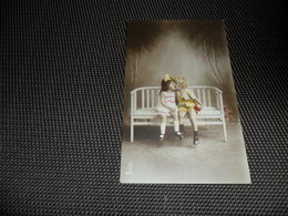 Fillette ( 273 )  Enfants  Enfant  Kind - Chiens