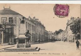 NANCY - Rue Braconnot - Statue Grandville - Nancy