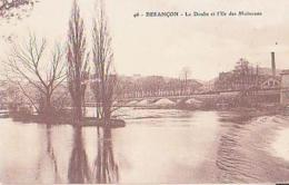 Besançon   233        Le Doubs Et L'île Aux Moineaux - Besancon