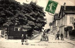 94] Val De Marne  Ablon Sur Seine  /  RUE  DE LA MAIRIE  ATTELAGE / RARE  /LEGER PLI COIN  DROIT - Ablon Sur Seine