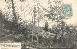 CPA 33 Gironde Lussac De Libourne Pierre Des Martyrs Dolmen Dans La Forêt De Picampeau - France