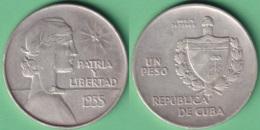 1935-MN-114 CUBA REPUBLICA UN PESO 1935. ABC REPUBLIC WOMAN SILVER 26.7gr. - Cuba
