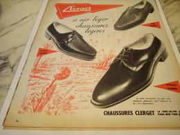 ANCIENNE PUBLICITE CHAUSSURE LEGERE  CLERGET 1957 - Habits & Linge D'époque