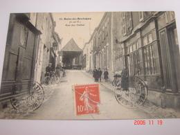 """C.P.A.- Bain De Bretagne (35) - Rue Des Halles - Magasin """"A L'Economie"""" - 1910 - SUP (BP 38) - Altri Comuni"""