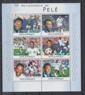 G639. Mozambique - MNH - 2010 - Sport - Football - Pele - Timbres