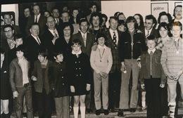 WERVIK     FOTO 1973    ---   VTURNCLUB  KRACHTIG EN LENIG    15 X 8 CM - Wervik