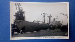 Carte Photo Du Bateau BIAFRA, Marine Marchande, Cargo, Datée De 1967 - Commerce