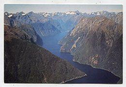 NEW ZEALAND - AK 352323 Milford Sound - Nouvelle-Zélande