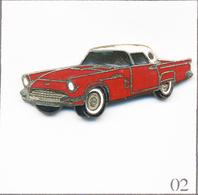 Pin's Automobile - Ford / Modèle Thunderbird 1957. Non Estampillé. EGF. T670-02 - Ford