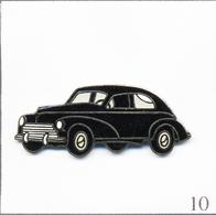 Pin's Automobile - Peugeot / Modèle 203 1948. Estampillé J.Y Ségalen Collection. EGF. T670-10 - Peugeot