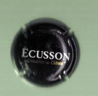 CAPSULE DE CIDRE (ECUSSON) - Capsules & Plaques De Muselet