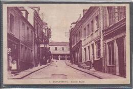 Carte Postale 76. Foucarmont  Rue Des Halles  Très Beau Plan - Other Municipalities