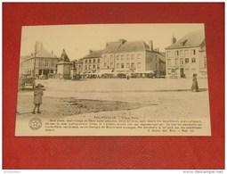 PHILIPPEVILLE  -  La Grand Place - - Philippeville