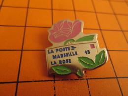 Sp11 Pins Pin's / Rare & TB état / THEME : POSTES / LA POSTE MARSEILLE LA ROSE ENVELOPPE TIMBREE - Mail Services