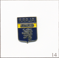 Pin's Pétanque / FFPJP (Fédération FrançaisedePétanqueetJeu Provençal) - Ligue Nord. Non Est. Métal Peint. T672-14 - Pétanque