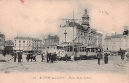 AUBERVILLIERS - Place De La Mairie ( Gros Plan Tramway ) Edts ELD - Aubervilliers
