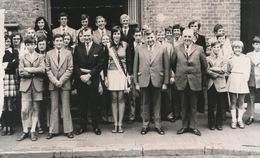 RENINGE   FOTO 1973    --  UITREIKING MEDAILLE OLYMPISCH MINIMUM   +- 15 X 8 CM - Lo-Reninge