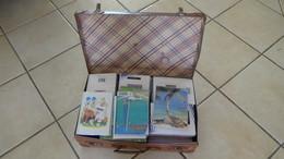 Malle De 8 Kgs De Plusieurs Centaines D'étiquettes De Vins Et Autres. RARE à Saisir !!! Toutes Les Photos Pas Prises - Vin