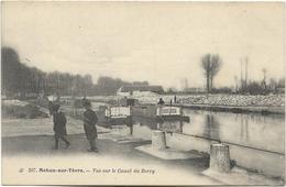 18 - MEHUN-sur-YEVRE - Vue Sur Le Canal Du Berry. Animée, CPA Ayant Circulé, BE. - Péniches
