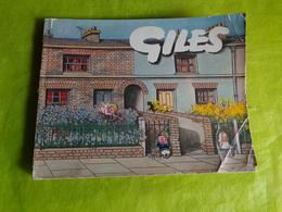 Giles Recueil De Dessins De Giles Parus Dans Le Daily Express Et Le Sunday Express En 1966 Humour Coiffeur Train Etc... - Livres, BD, Revues