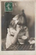 Enfant : Fillette ( Bébé Pleure ) - Scènes & Paysages