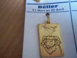 Pendentif En Métal Doré Zodiaque ' Signe Belier  ' Forme Rectangulaire - Hangers