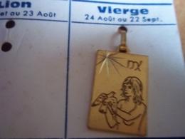 Pendentif En Métal Doré Zodiaque ' Signe Vierge   ' Forme Rectangulaire - Pendants