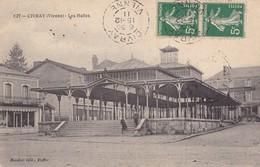 86. CIVRAY. CPA. LES HALLES. ANNÉE 1911 + TEXTE - Civray