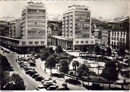 D64   PAU   La Place Clemenceau Et Le Palais Des Pyrénées  ..... - Pau