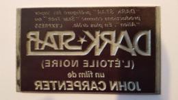 PLAQUE METAL PUBLICITAIRE FILM  DARK STAR 1974 - Cartelli Pubblicitari