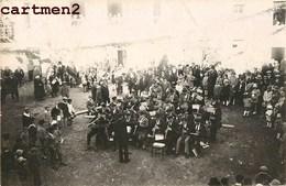 CARTE PHOTO : ISSOIRE FANFARE GROUPE DE MUSICIENS FETE 63 AUVERGNE - Issoire