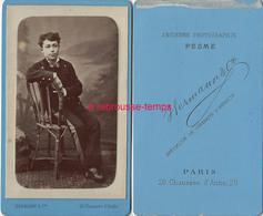 CDV Joli Garçon Assis-photo Hermann (ex Pesme) à Paris-très Bel état - Photos