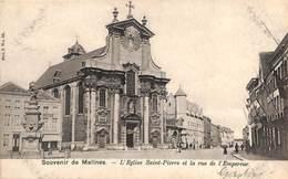 Souvenir De Malines - L'Eglise Saint-Pierre Et La Rue De L'Empereur (animatie, 1905,,,niet Gewoon) - Malines