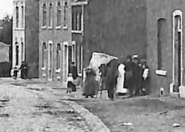 Montegnée - Le Gosson (animée, Photographe Photographié Voir Zoom 1910) - Saint-Nicolas