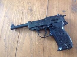 Pistolet P38 D' Alarme 8mmK - Armes Neutralisées