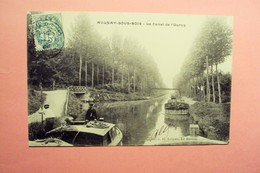 AULNAY LE CANAL DE L'OURCQ BEAU PLAN SUR PENICHE AVEC MARINIER ENTRAIN DE MANOEUVRER ET SON SECOND AVEC 1 PERCHE.. - Aulnay Sous Bois