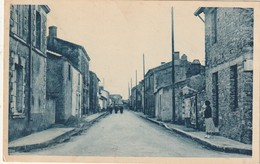CPA SAINT LUMINE DE COUTAIS 44 - Grande Rue - Francia