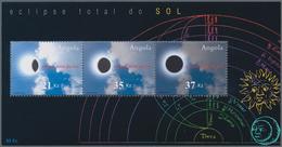Thematik: Astronomie / Astronomy: 2002, Angola: TOTAL SOLAR ECLIPSE Souvenir Sheet, Investment Lot O - Astronomie