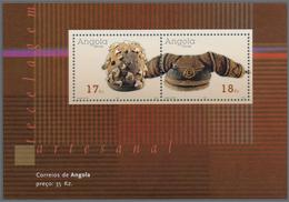 "Thematik: Kunsthandwerk / Arts And Crafts: 2001, Angola: ""HAND WEAVING"" Souvenir Sheet, Investment L - Künste"