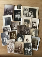 GROOT LOT OUDE FOTO'S - Zie 13 Scans ! - 142 FOTO'S - KINDEREN - FAMILIES - HUWELIJK - COMMUNIE - MILITAIREN Enz - Persone Anonimi