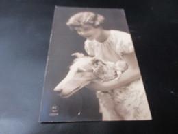 Fantasiekaart, Vrouw Met Hond - Chiens