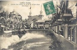 CPA Paris Luna Park Arrivée D'un Bateau Sur Le Lac Du Water Chute - Parques, Jardines