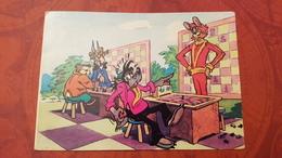 JEU - ECHECS - CHESS - ECHECS. Wolf Playing Chess With A Hair. OLD USSR PC - Echecs