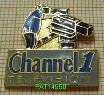TELE CHANNEL 1 TELEVISION  Le CAMERAMAN - Médias