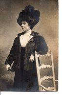 Vraie Photo : Belle Dame Avec Un Grand Chapeau - Femmes