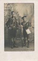 Vierzon Carte Photo Enfants Habillés En Militaires Fusil De Bois Sabre   Photo R. Deloince - Vierzon