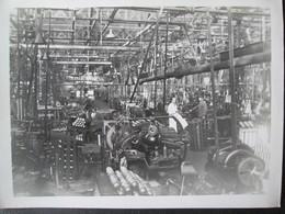 Photo D'usine Ouvrier Et Ingenieur 1934 Dim 18cm X 24cm TB - Personnes Anonymes